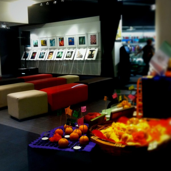 One side of the exhibition Mobile Eyephoneography at FNAC